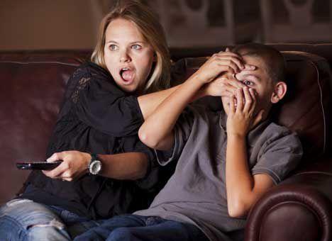 Порнофильмы негативно влияют на интимную жизнь подростков