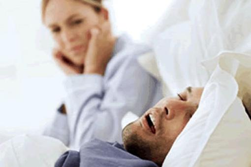 Те,кто храпит по ночам,в 2 раза чаще сталкиваются с глаукомой