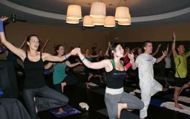 Караоке йога