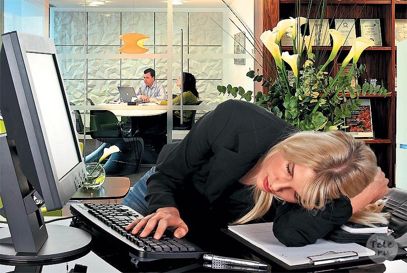 Как правильно вздремнуть во время рабочего дня