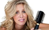 Выпадение волос: причины, симптомы и советы