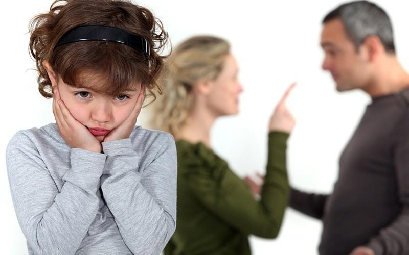 ссориться при ребенке